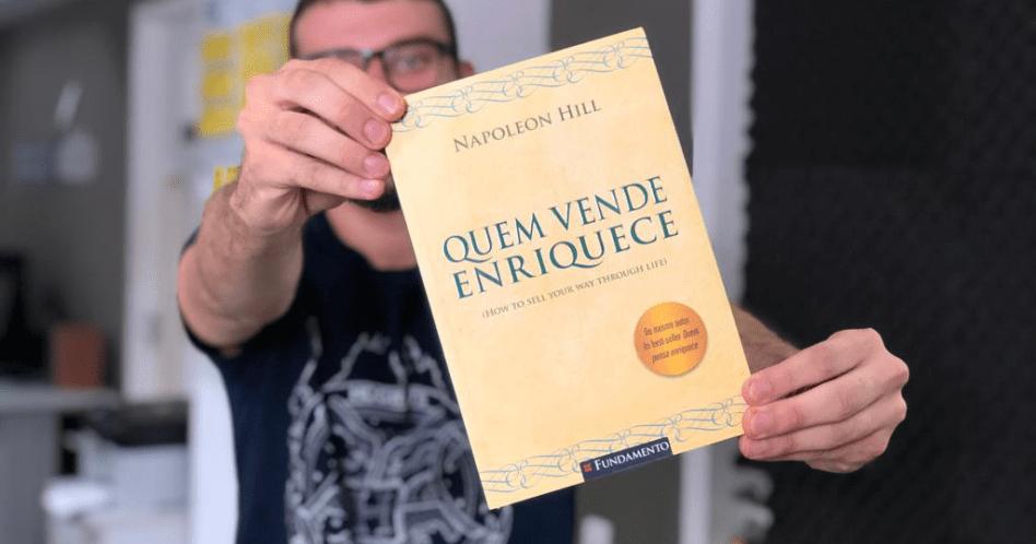 Livro Quem Vende Enriquece - Napoleon Hill