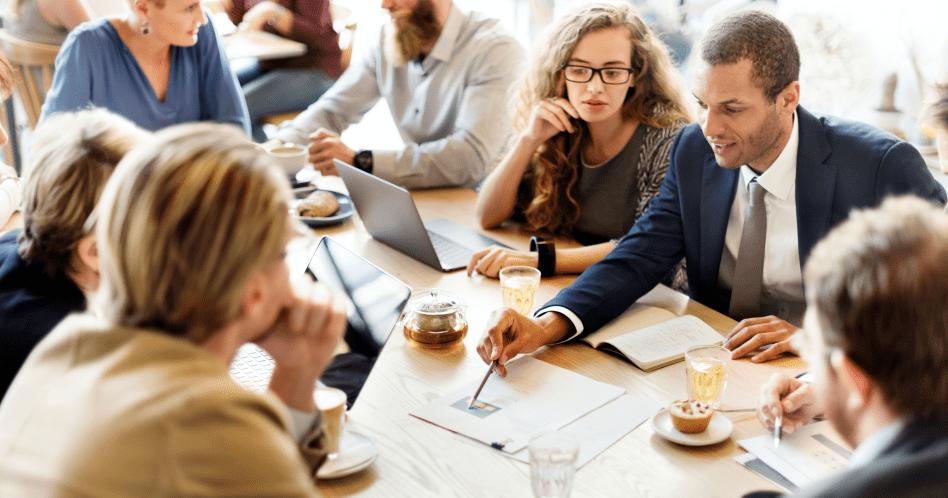 Comunicação assertiva: o que é e 8 dicas para mandar bem