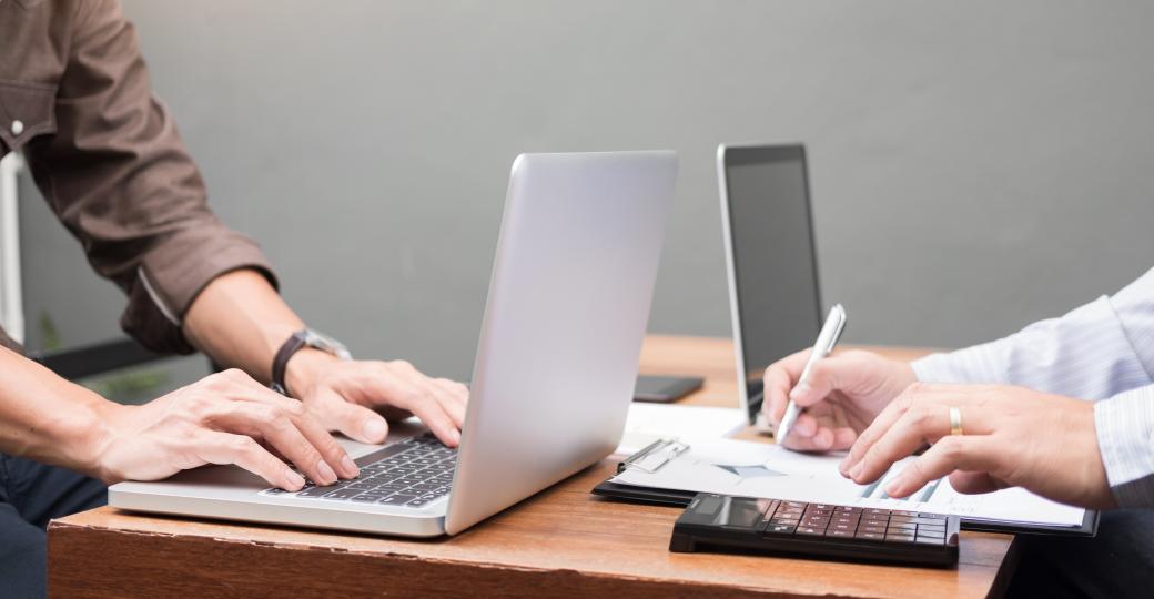 Gerenciamento de custos de fabricação no Excel