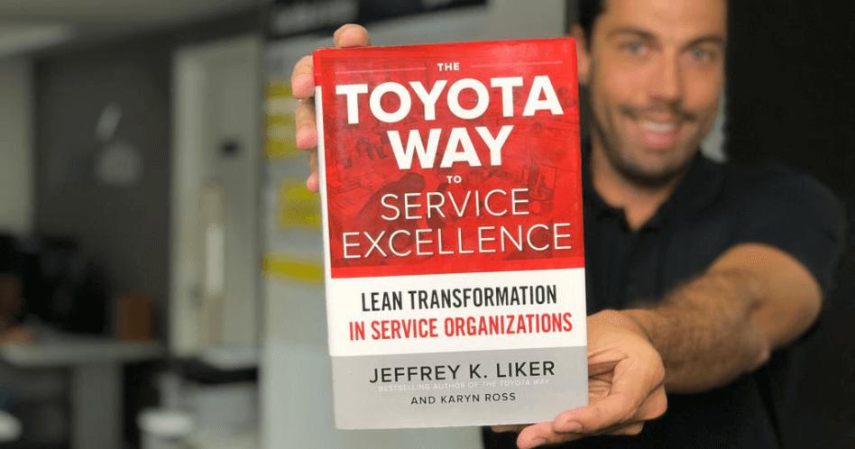 Livro The Toyota Way to Service Excellence - Jeffrey Liker e Karyn Ross