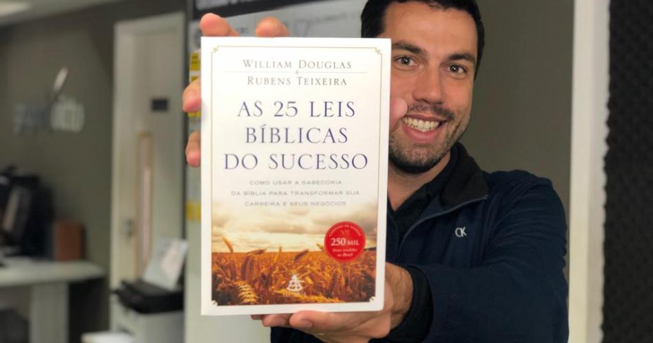 Livro As 25 Leis Bíblicas do Sucesso - William Douglas, Rubens Teixeira