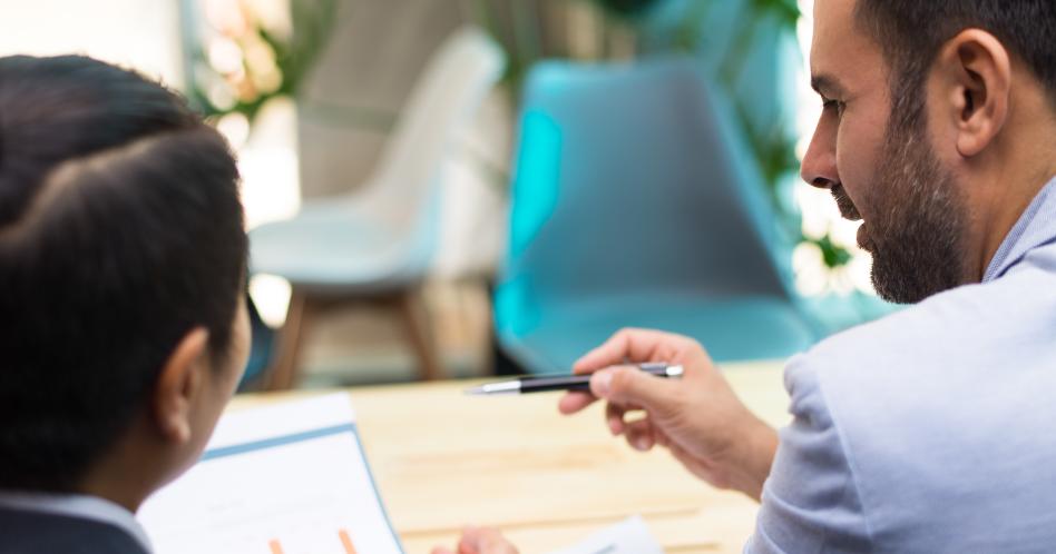 Como conduzir uma entrevista de emprego?